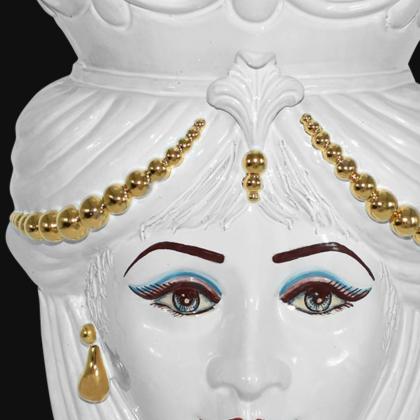 Testa h 40 perline white gold con espressione donna moro labbra arancio